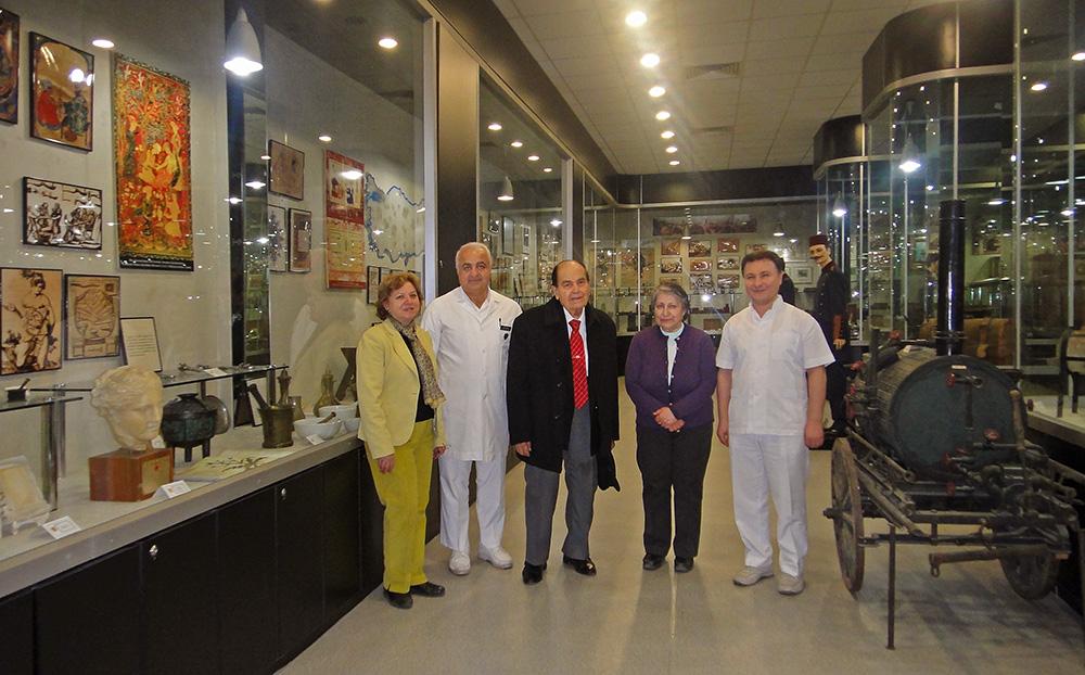 Tıp Tarihi Müzesi'nde Emekli Hocalarımızla 2010